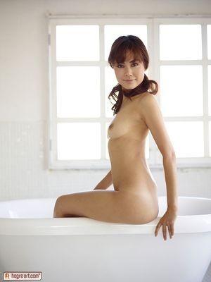 erotic massage Miandetta