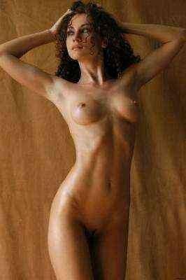 Jazmine from Croydon