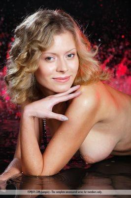 erotic massage from Pantapin